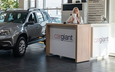 Автосалоны: внимание на официальных дилеров