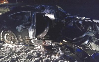 В ДТП с грузовиком на трассе «Кола» погибла девушка