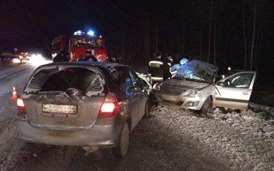 Один человек погиб и пятеро пострадали в ДТП под Кировградом