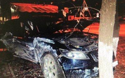 В Краснодаре водитель иномарки сбежал с места ДТП, бросив раненых пассажирок