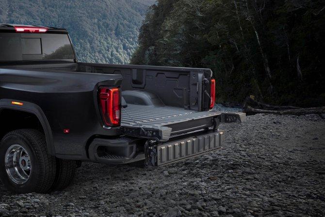 Пикап GMC Sierra HD получил новую кабину 8