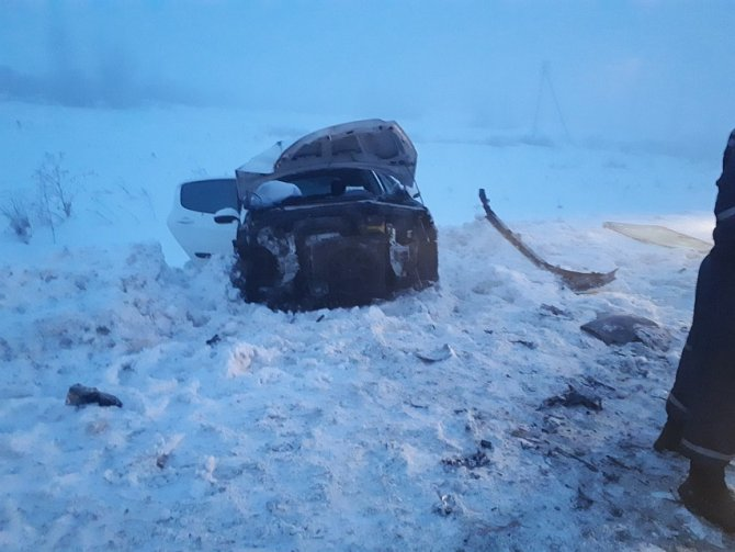 Два человека погибли в массовом ДТП под Тюменью