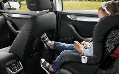 В дилерских центрах Автопрага проводят тест-драйв автомобилей SKODA с ребенком