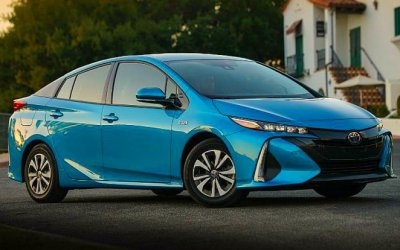 ВРоссии перестали продавать Toyota Prius