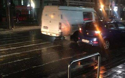 В Сочи автомобиль сбил 9-летнего ребенка на переходе
