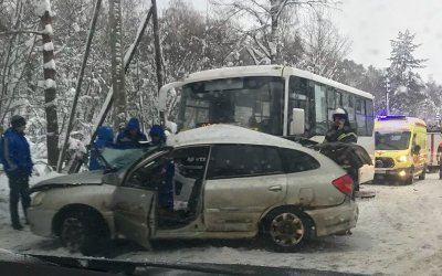 В ДТП в Курортном районе Петербурга погиб человек
