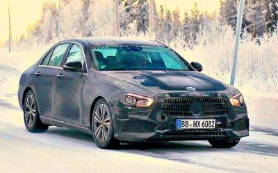 Новый Mercedes-Benz E-Classe: готовится покорение Северного Полюса?