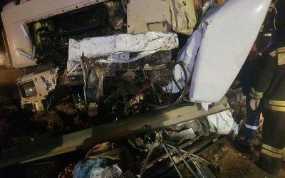 Два человека погибли в ДТП с грузовиком на Ставрополье