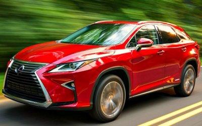 Lexus стал самым популярным вРоссии среди премиальных кроссоверов ивнедорожников