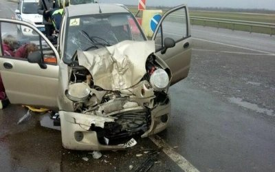 Женщина погибла в ДТП с грузовиком в Успенском районе