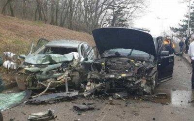Водитель иномарки погиб в ДТП в Пятигорске
