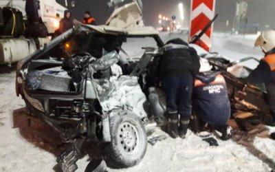 В Татарстане в ДТП с КамАЗом погибли четыре человека
