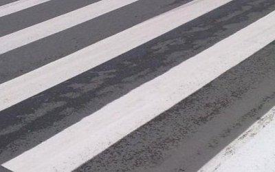 В Казани водитель на переходе сбил ребенка