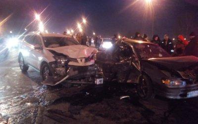 В ДТП с тремя «Тойотами» в Иркутске погиб молодой человек