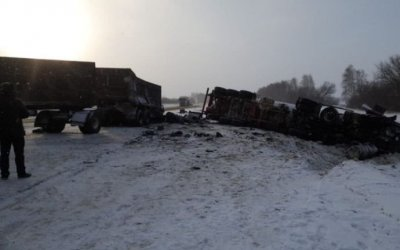 Два человека погибли в тройном ДТП в Тамбовской области