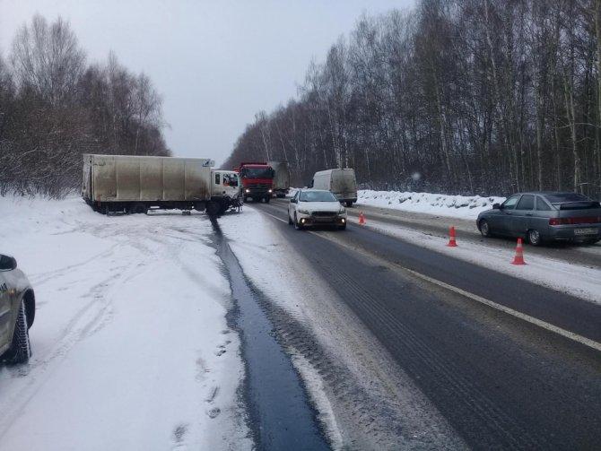 Два человека погибли в лобовом ДТП в Лысковском районе (1)