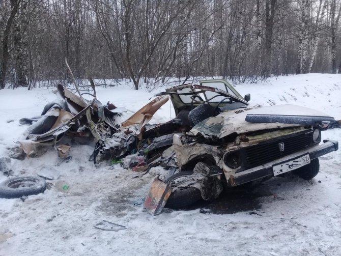 Два человека погибли в лобовом ДТП в Лысковском районе (2)