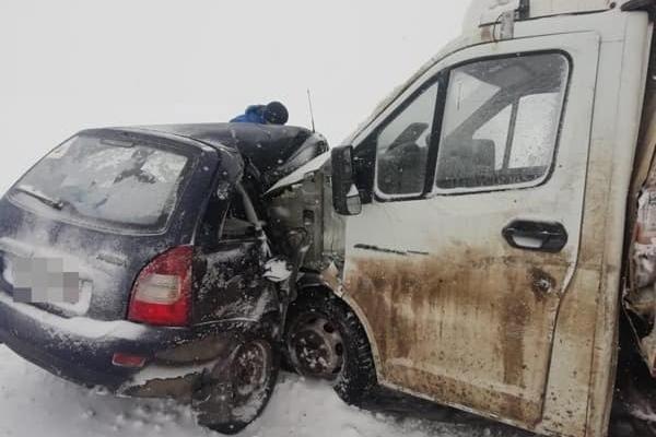 Водитель «Калины» погиб в ДТП в Башкирии (1)