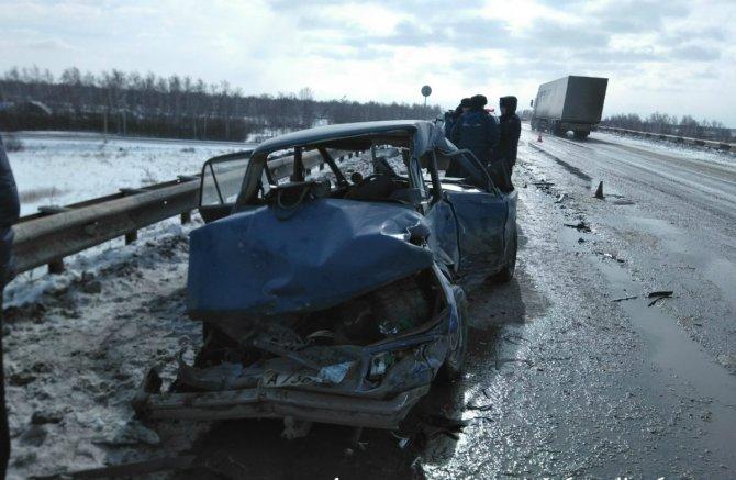 Мужчина и женщина погибли в ДТП в Челябинской области (2)