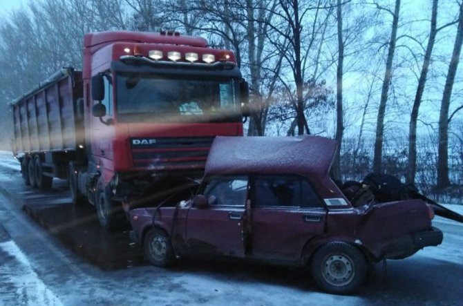 Двое взрослых и ребенок погибли в ДТП в Воронежской области
