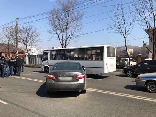 Два человека пострадали в ДТП во Владивостоке