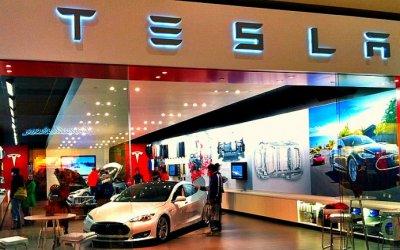 Tesla закроет свои розничные магазины