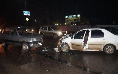 В ДТП в Орле погиб водитель иномарки