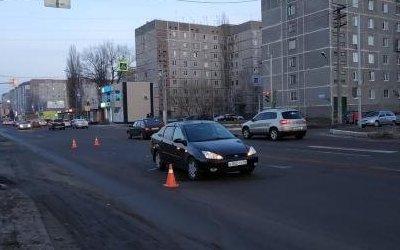 В Курчатове водитель сбил женщину с двумя детьми