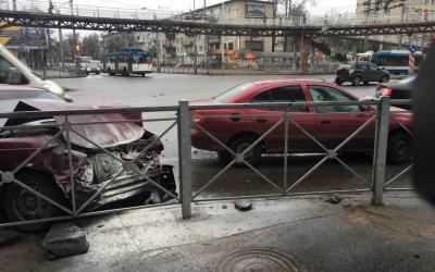 Пять человек пострадали в ДТП на юге Петербурга