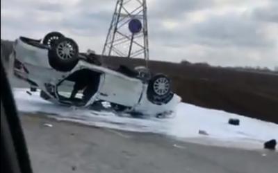 Под Белгородом в ДТП с опрокинувшейся машиной погиб водитель