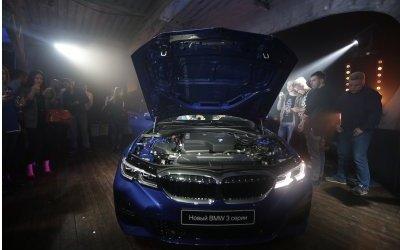 Разгоняет реальность. «Азимут СП» провел презентацию совершенно нового BMW 3 серии
