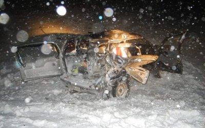 В Башкирии в ДТП с КамАЗом погибла женщина