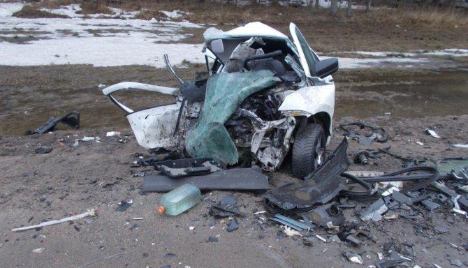 Три человека погибли в ДТП в Ярославской области