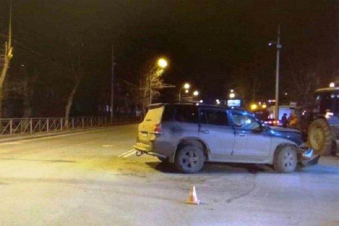 Четыре человека пострадали в ДТП на Мочищенском шоссе