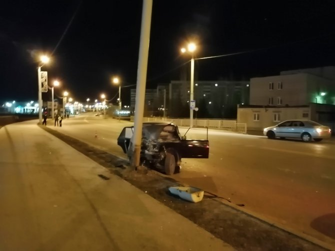 В ДТП в Альметьевске погиб 18-летний парень (3)
