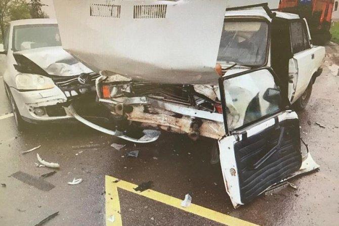 24-летний водитель ВАЗа погиб в ДТП на въезде в Краснодар (2)