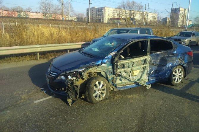 Женщина и двое детей пострадали в ДТП в Хабаровске (1)