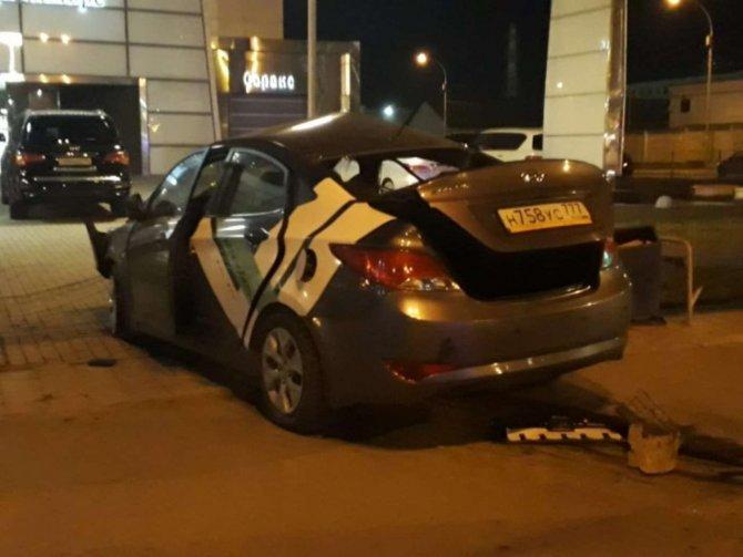 Молодой человек и девушка погибли в ДТП Екатеринбурге (1)