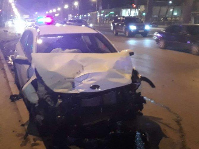 Молодой человек и девушка погибли в ДТП Екатеринбурге (3)