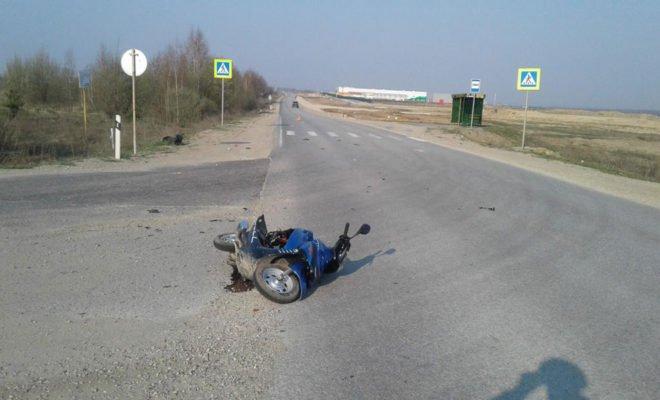 Водитель скутера погиб в ДТП в Калужской области