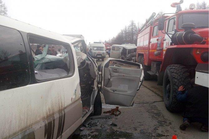 Два человека погибли в ДТП под Магаданом