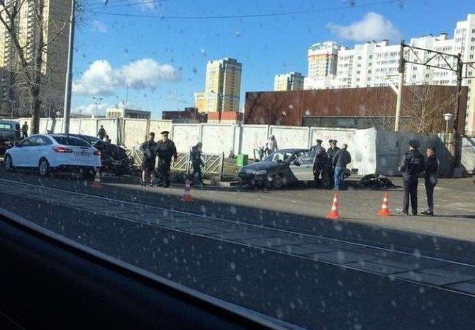В ДТП в Екатеринбурге на улице 8 Марта погибла женщина (2)
