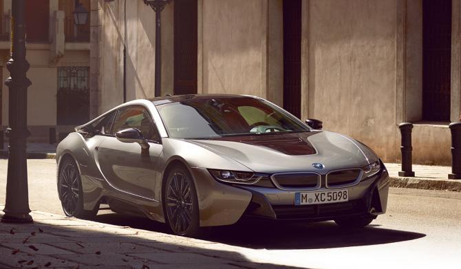 7_BMW i8