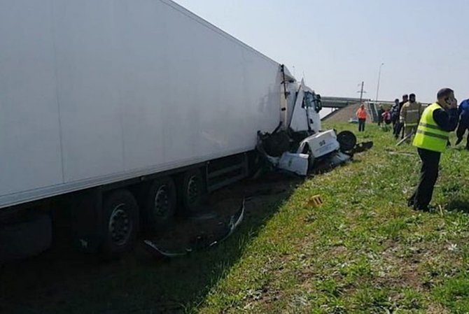 Два инспектора ДПС погибли в ДТП на Кубани