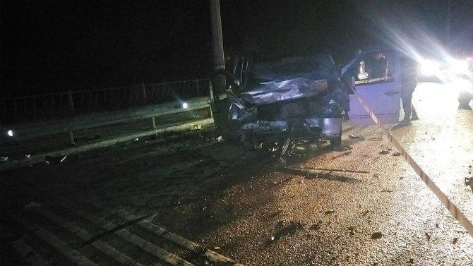 Пять человек погибли в ДТП в Крыму (2)