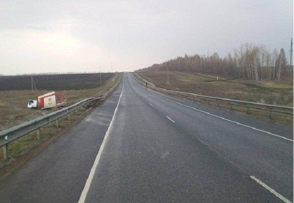 В Самарской области в ДТП погиб водитель грузовика (1)
