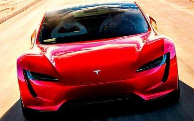 Tesla Roadster получит огромный запас хода