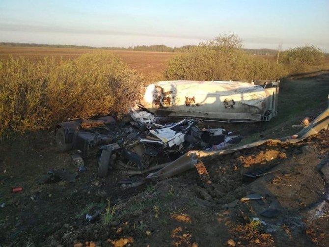 Два человека погибли в массовом ДТП в Рязанской области (1)
