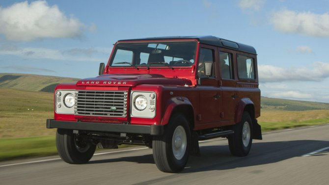 5_Land Rover Defender