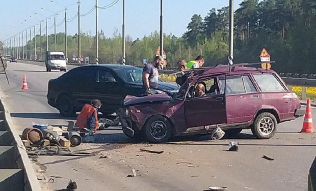 Под Серпуховом машина сбила пятерых дорожных рабочих – двое погибли